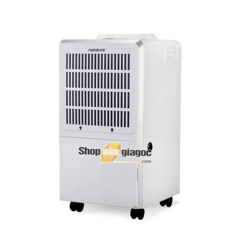 Lưu ý khi sử dụng Máy hút ẩm tốt nhất là được sử dụng ở nhiệt độ từ 15 ° C đến 38 ° C. Khi sử dụng máy hút ẩm, cửa ra vào và cửa sổ phải được đóng lại càng nhiều càng tốt để đạt được hiệu quả hút ẩm tốt. Máy hút ẩm nên được đặt ở giữa phòng để đạt được độ hút ẩm đồng đều, và không được có vật cản ở đầu vào và đầu ra. Máy hút ẩm nên được đặt phẳng trong quá trình sử dụng; và không được nghiêng hoặc chéo để tránh sự cố máy hoặc tiếng ồn bất thường. Nên đặt máy hút ẩm trong không gian không được đặt trong khí ăn mòn và bụi cao. Nó được sử dụng cho khí ăn mòn. Vui lòng chọn máy hút ẩm có chức năng chống ăn mòn. Đối với môi trường bụi cao, vui lòng vệ sinh hoặc thay thế thường xuyên. Lọc lưới và làm sạch bụi trong cả hai máy để đảm bảo hiệu suất hút ẩm. Sau khi máy hút ẩm đã được vận chuyển, xin vui lòng để nó ngồi trong 4 - 6 giờ trước khi bật.