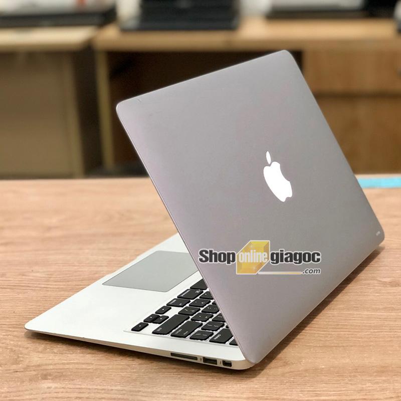 Macbook Air 2015 Core i7 13 Inch 2.2Ghz/8GB/256GB SSD
