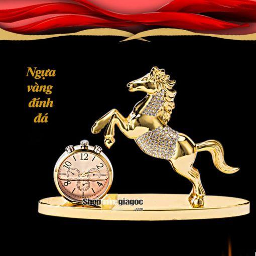 Ngựa Vàng Đính Đá